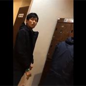 【無修正 ゲイ動画】銭湯の脱衣所にいたスジ筋ボディがたまらない素人イケメンをスマホで盗撮
