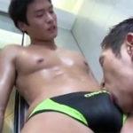 【ゲイ動画】体育大のノンケ水泳部員がゲイの先輩に特訓と称してホテルに呼び出されてアナルセックスされる一部始終