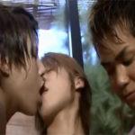 【ゲイ動画】仲の良すぎるイケメンのゲイ男子大学生3人組が温泉旅行先のお風呂場で兜合わせ