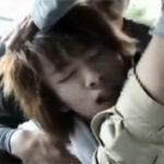 【ゲイ動画】狙われたノンケの金髪ジャニ系イケメン!ゲイ強姦魔2人に車に連れ込まれアナルレイプ!
