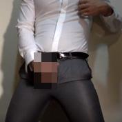 【無修正 【ゲイ動画】ピチピチスーツのリーマン男性、性欲が暴走し、自分のオナニー映像をネットにアップする暴挙