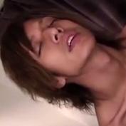 【無修正ゲイ動画】ハーフ系ノンケイケメンがオナニーのために開発された特殊な吸引器具を使ってイクゥゥゥ!
