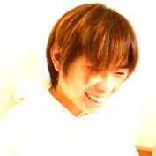【無修正 ゲイ動画】サッカー日本代表のMF乾貴士に似ているウケ専男子が巨大ディルドアナルにぶち込まれ善がる動画がこちら…