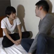 【無修正 ゲイ動画】イケメン×ブサメンのセフレ契約結んでる不釣り合いな大学生カップルのアナルセックス!