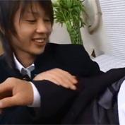 【ゲイ動画】最近エッチしてくれないサラリーマンの年上の彼におチンポおねだりする学ラン高校生
