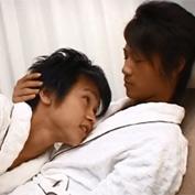 【ゲイ動画】ショタ×ギャル男のカップルがバスルーム姿でボーイズラブセックス!