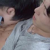 【無修正】腹筋バキバキなイケメンが可愛い系のイケメンに乳首とペニスを愛撫される!