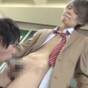 放課後の教室でイケメンカップルが濃厚キスしてセックスを楽しんじゃうw